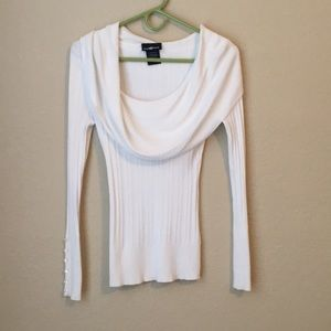 Sweaters - Formal white scooped turtle neck sweater!